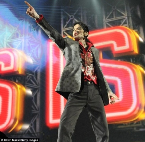 michael-jackson-this-is-it-rehearsal